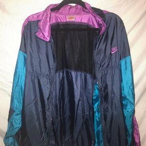 Large Nike windbreaker/rain jacket